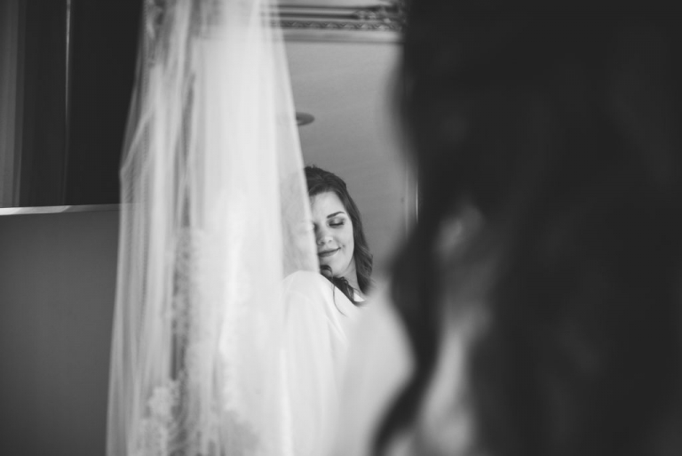Wedding Prep Photos at Tennessee RiverPlace